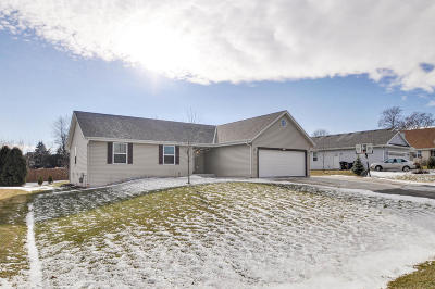Racine Single Family Home Active Contingent With Offer: 2911 5 Mile Rd