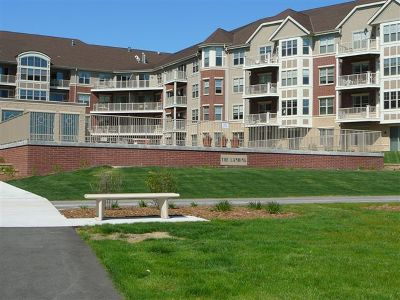Milwaukee County Condo/Townhouse Active Contingent With Offer: 4110 S Lake Dr #140