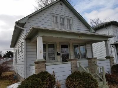 South Milwaukee Single Family Home Active Contingent With Offer: 619 Marquette Ave