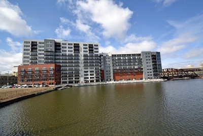 Milwaukee Condo/Townhouse For Sale: 106 W Seeboth St #801