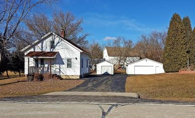 New Berlin Single Family Home For Sale: 19820 W Observatory Rd