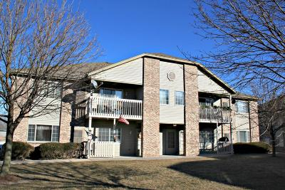 Muskego Condo/Townhouse For Sale: S75w16910 Gregory Dr #7