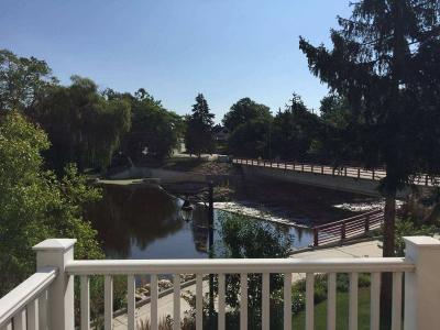 Grafton Condo/Townhouse For Sale: 1232 Water Terrace #3