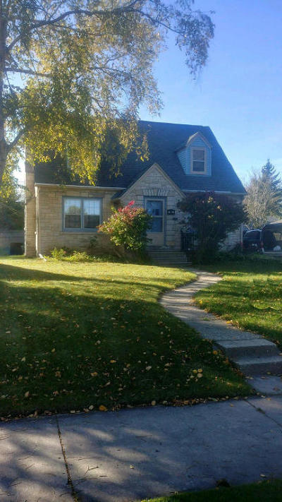 South Milwaukee Single Family Home For Sale: 802 Fairview Ave