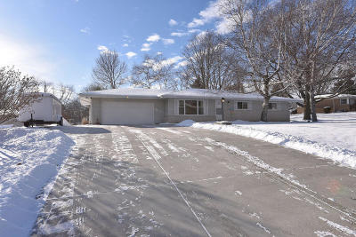 Single Family Home Active Contingent With Offer: W135s6569 Sherwood Ct