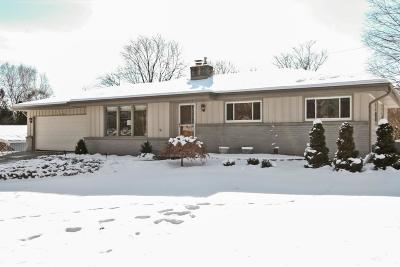 Ozaukee County Single Family Home Active Contingent With Offer: N43w5503 Spring St