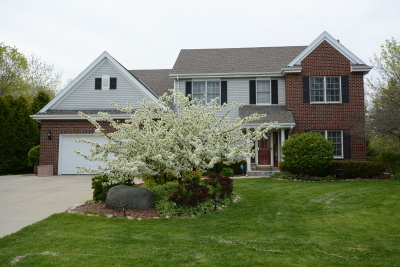 Germantown Single Family Home For Sale: W178n10341 Whitetail Run