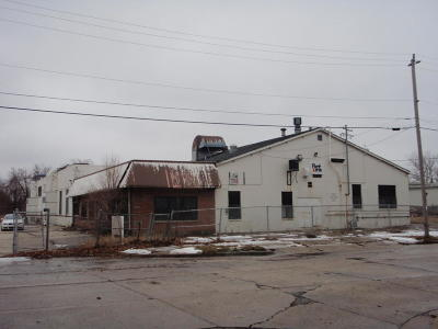 Milwaukee Commercial For Sale: 3901 W Rohr Ave