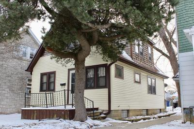 Milwaukee Single Family Home For Sale: 6645 W Burleigh