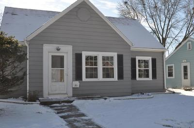 Waukesha Single Family Home For Sale: 215 Douglass Ave
