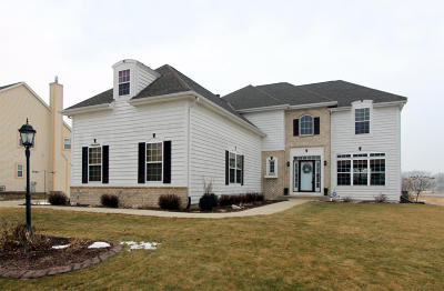 Muskego Single Family Home Active Contingent With Offer: S97w13398 Lloyd Mangrum Ct