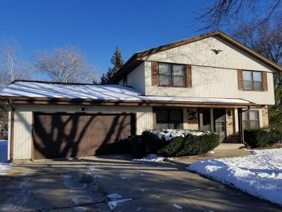 Greenfield Two Family Home For Sale: 4650 S S 38th St #4652