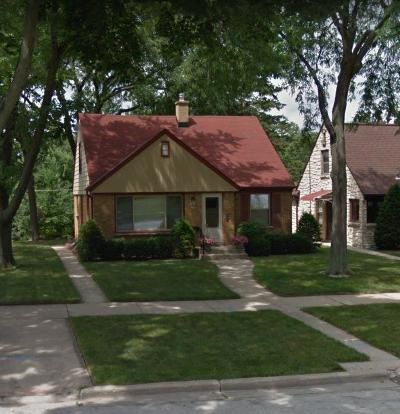 Milwaukee Single Family Home Active Contingent With Offer: 2743 N 84th St
