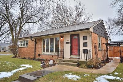 Milwaukee Single Family Home For Sale: 8901 W Hadley St.