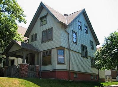 Milwaukee Single Family Home For Sale: 3249 W McKinley Blvd