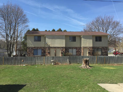 West Allis Multi Family Home For Sale: 8811 W Mitchell St