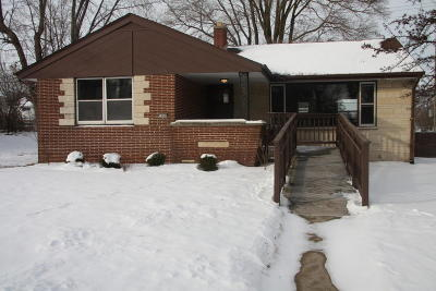 South Milwaukee Single Family Home For Sale: 3400 5th Ave