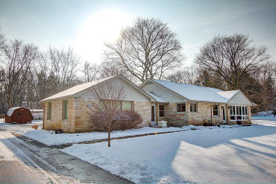 Hartland Single Family Home For Sale: N55w30731 County Road K