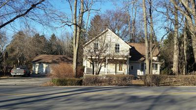 Ozaukee County Single Family Home For Sale: 10806 W Freistadt Rd