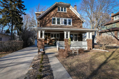 Milwaukee County Single Family Home Active Contingent With Offer: 8200 Warren Ave