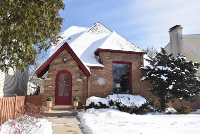 Whitefish Bay Single Family Home For Sale: 4970 N Diversey Blvd