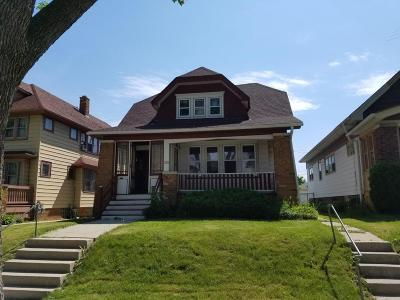 Milwaukee Single Family Home For Sale: 3940 N 11th St