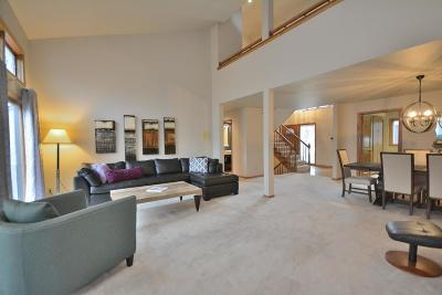 Brookfield Condo/Townhouse Active Contingent With Offer: 345 N Elm Grove Rd #C