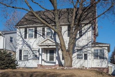 Wauwatosa WI Single Family Home Active Contingent With Offer: $225,000