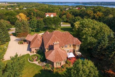 Pewaukee Single Family Home For Sale: W304n2941 Hawksnest Ct