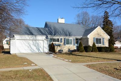 Jefferson County Single Family Home Active Contingent With Offer: 907 Richards Ave