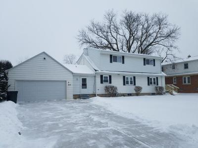 West Allis Single Family Home Active Contingent With Offer: 812 S 121st St