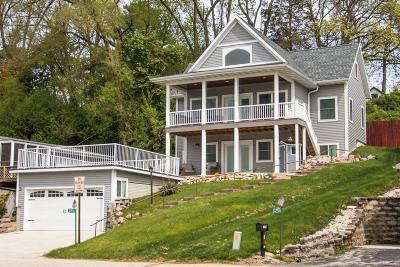Racine County Single Family Home For Sale: 33930 Lagoon Dr