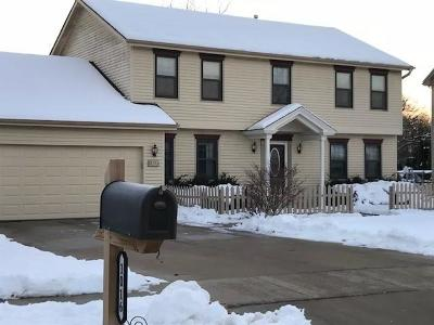 Racine County Single Family Home Active Contingent With Offer: 1016 Eastbrook Dr