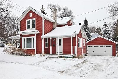 Hartland Single Family Home Active Contingent With Offer: 247 W Park Ave