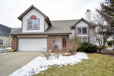 Wauwatosa Single Family Home For Sale: 139 N 89th St