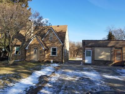 Greenfield Single Family Home For Sale: 4666 S 43rd St