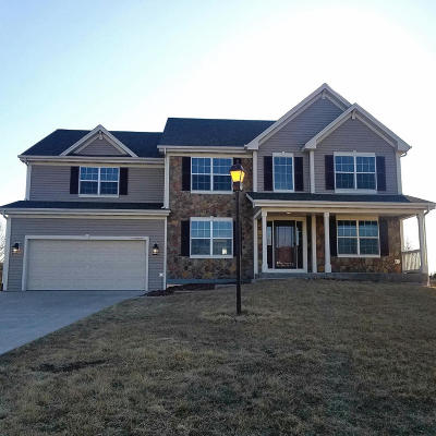Germantown Single Family Home Active Contingent With Offer: W175n9947 Wendy Ln