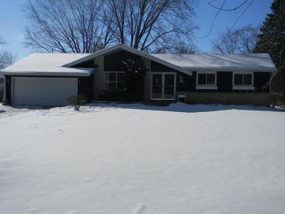Menomonee Falls Single Family Home Active Contingent With Offer: N78w16301 Carl Ross Dr