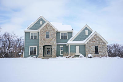 Pewaukee Single Family Home Active Contingent With Offer: N21w25016 Still River Dr