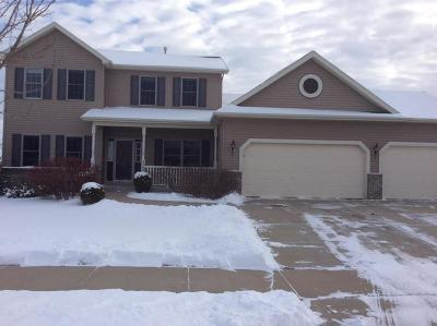 Kenosha Single Family Home Active Contingent With Offer: 9303 62nd Street