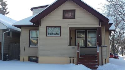 West Allis WI Single Family Home For Sale: $135,000