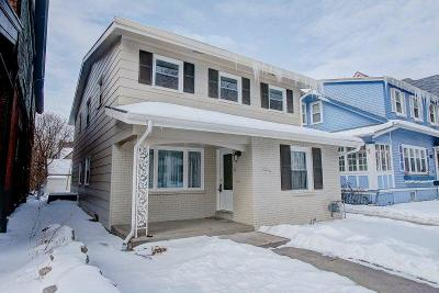 Milwaukee County Single Family Home For Sale: 3253 N Hackett Ave