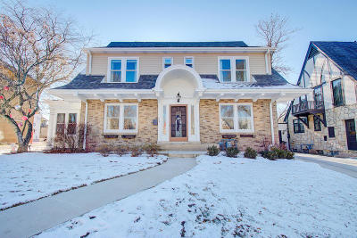 Milwaukee County Single Family Home Active Contingent With Offer: 2609 E Newton Ave