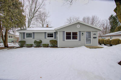 Waukesha County Single Family Home For Sale: 1111 W Wisconsin Ave