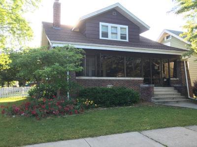 Kenosha Single Family Home For Sale: 4718 19th Ave