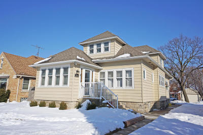Milwaukee County Single Family Home Active Contingent With Offer: 3212 S 41st St