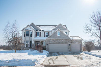 Racine County Single Family Home Active Contingent With Offer: 7806 Whitetail Dr
