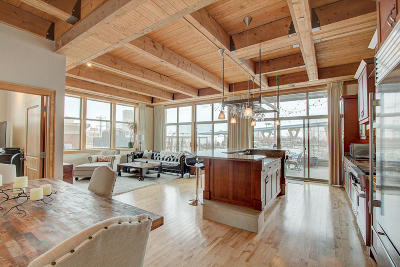 Milwaukee Condo/Townhouse Active Contingent With Offer: 601 E Erie St #202