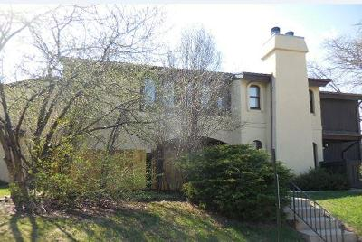 Greenfield Condo/Townhouse For Sale: 5282 Somerset Ln S