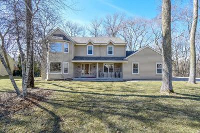 Pewaukee Single Family Home Active Contingent With Offer: W275n2521 Wildflower Rd